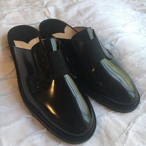 Like New -$400 THEORY Black Leather Mule (39 US 9)